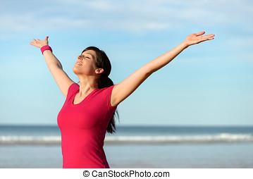 vrolijke , fitness, vrouw, optillende armen