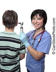 vrolijke , gezondheidszorg werker, met, patiënt