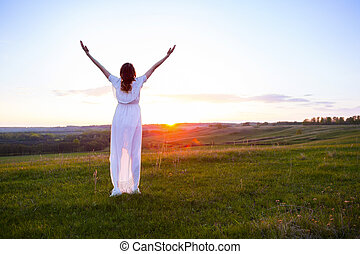 vrolijke , het genieten van, kosteloos, nature., vrouw
