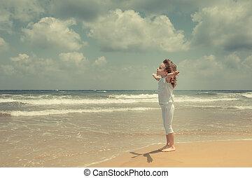 vrolijke , het genieten van, strand, kind