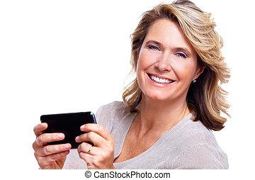 vrolijke , oude vrouw, met, een, smartphone.