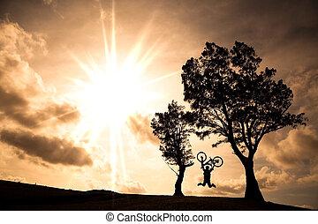 vrolijke , passagier, vasthouden, fiets, en, springt, op,...