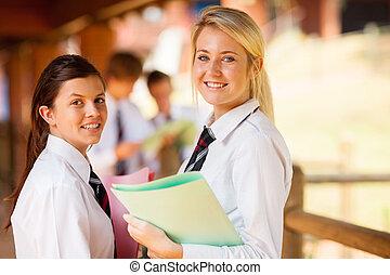 vrolijke , secundair onderwijs, meiden, op, campus