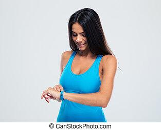 vrolijke , sportief, vrouw, gebruik, fitness, tracker