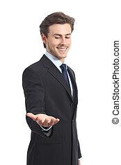 vrolijke , zakenman, vasthouden, iets, of, een, leeg, product
