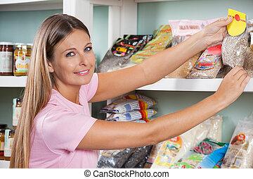 vrouw, aankoop, kruidenierswinkel, op, supermarkt