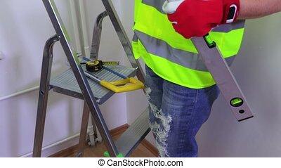 vrouw, aannemer, met, gereedschap