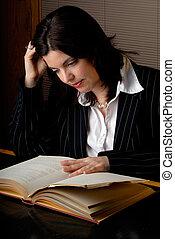 vrouw, boek, lezende , wet