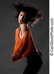 vrouw dansen