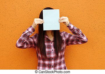vrouw, dekking, gezicht, boek, aziaat, gebruik