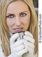 vrouw, drank, warme, handschoenen, blonde , drinkt