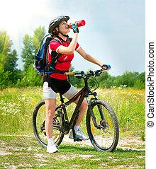 vrouw, fiets, jonge, buiten, paardrijden, vrolijke