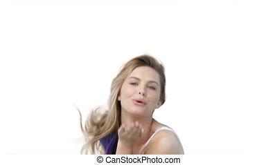 vrouw, flirten, en, blazen, kussen, op, de, fototoestel