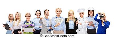vrouw, geld, op, vasthouden, professioneel, werkmannen