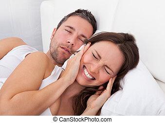 vrouw, gestoorde, met, man, snurken