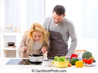 vrouw, haar, geven, voedingsmiddelen, jonge, proeven, aantrekkelijk, echtgenoot