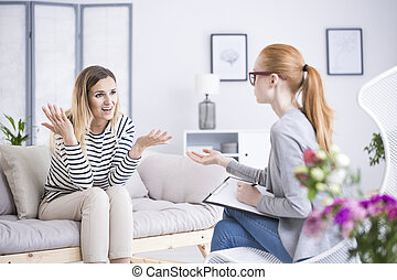 vrouw, het bespreken, problemen, met, therapist