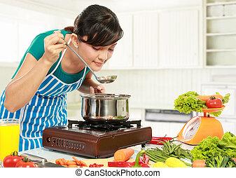 vrouw, het koken, haar, proeft