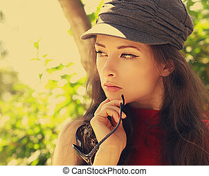 vrouw hoofdbreken, ouderwetse , jonge, closeup, modieus, verticaal, hoedje
