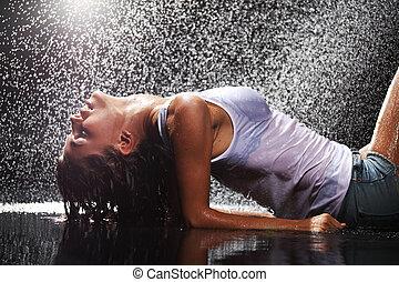 vrouw in water, studio