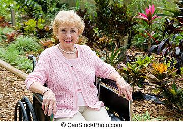 vrouw, in, wheelchair, met, copyspace