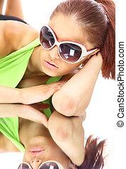 vrouw, in, zon, glasses., mode, verticaal