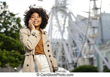 vrouw, jas, het charmeren, loopgraaf, telefoongesprek, vervaardiging