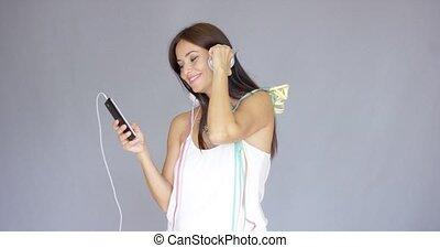 vrouw, jonge, muziek luisteren, jaar, nieuw