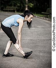 vrouw, jonge, stretching