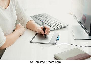 vrouw, kantoor, tablet, jonge, grafisch, closeup, gebruik