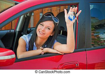 vrouw, met, nieuwe auto, en, auto toetst