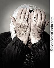 vrouw, middelbare leeftijd , haar, gezicht, het schreeuwen, handen
