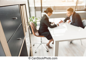 vrouw, ondergaan, sollicitatiegesprek, met, man