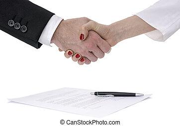 vrouw, op, contracteren, handen te schudden, man