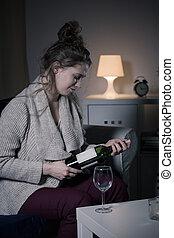 vrouw, opening, fles van wijn