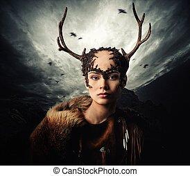 vrouw, shaman, in, ritueel, kledingstuk, op, dramatisch,...