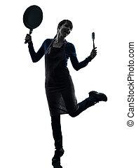 vrouw, silhouette, het koken, vasthouden, koekenpan, vrolijke