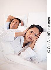 vrouw, snurken, haar, bedekking, boyfriends, blokoren