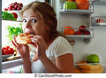vrouw, stola, eet, koelkast, nacht