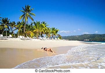 vrouw, strand, ontspant