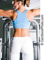 vrouw trainen, in, gym