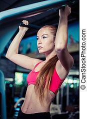vrouw, vrouwlijk, gym, op, mooi, sportswear., sterke, het tilen, bar.