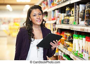 vrouw winkelen, met, digitaal tablet