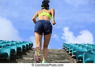 vrouw, workout, trap., loper, wellness, atleet, rennende , jogging, fitness, concept.