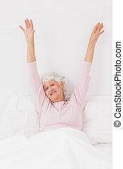 vrouw, yawning, en, stretching