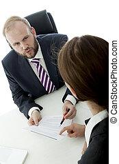 vrouw zaak, contracteren, meldingsbord, brunette, bureau, man, baard