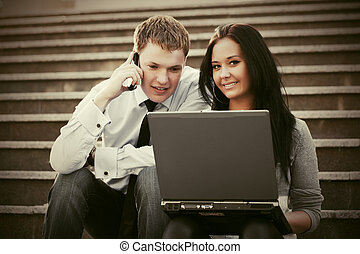vrouw zaak, draagbare computer, jonge, stappen, man