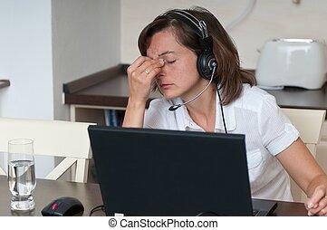 vrouw zaak, hoofdpijn