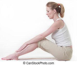 vrouw zitten, op de vloer, doen, een, spannen