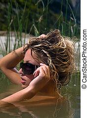 vrouw, zwemt